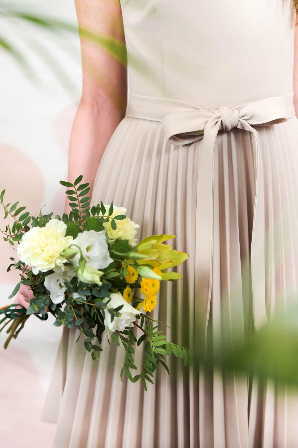 naiste kleidid